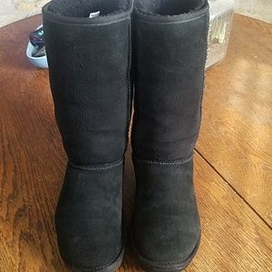 Black ugg tall boots